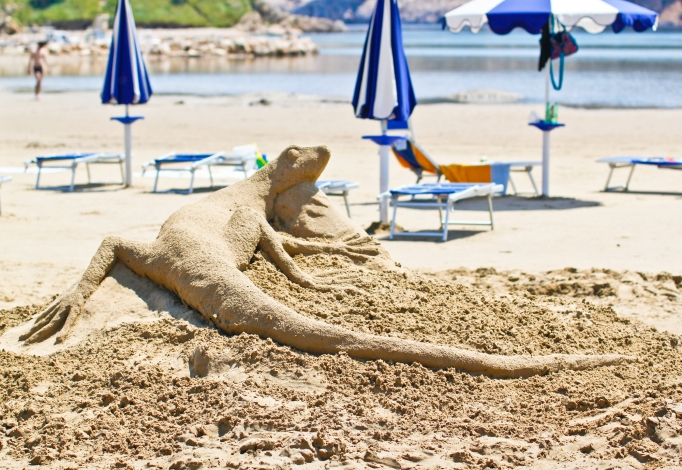 Homokszobor Fesztivál Rab szigeten, Loparon, a kemping homokos partján
